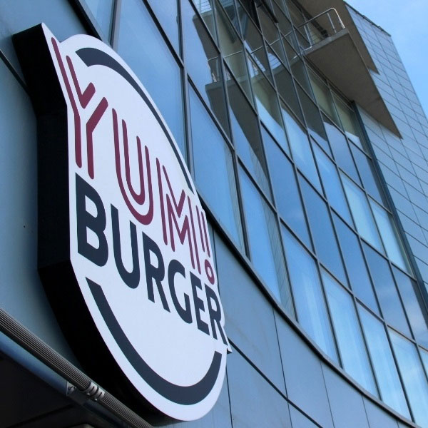 Лайтбоксы для сети ресторанов YUMBURGER